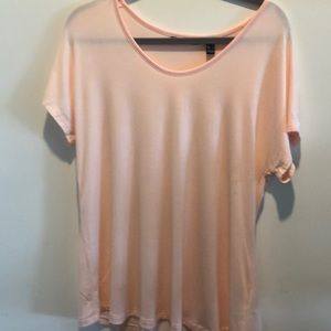 Tops - H by Halston pink t-shirt